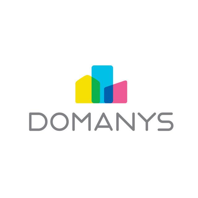 https://sens-volley.com/wp-content/uploads/2021/01/domanys-640x640.jpg